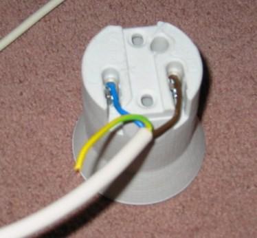 guide to diy wiring an envirolite archive thctalk com cannabis rh thctalk com wiring a light bulb holder wiring a lamp holder nz